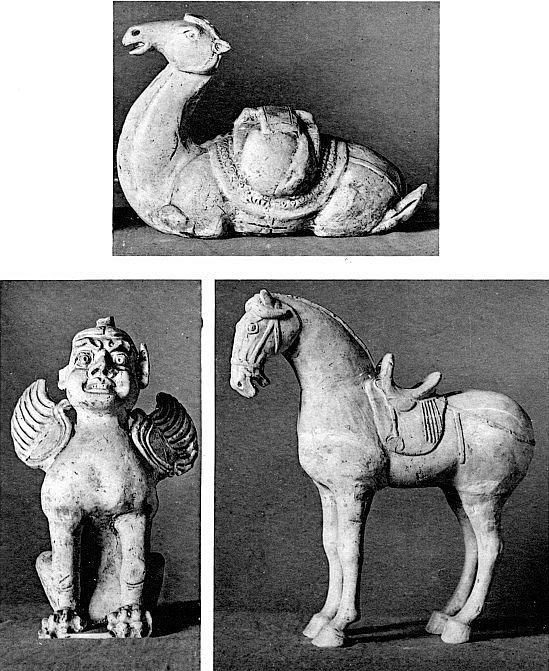 Dyn. des T'ang. Chameau, Cheval et Chimère. —  Gaston Migeon (1861-1930) : L'art chinois. Éditions Morancé, Paris, 1925. , Musée du Louvre. 38 pages de texte, 57 planches.