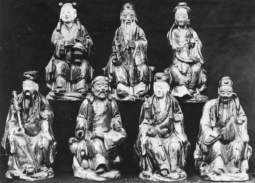 315. — Bouddha en bois peint au temple de Tien-Ming-Tsen, environs de Pékin.