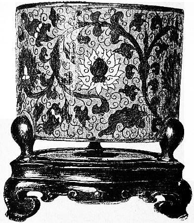 Vase d'émail cloisonné. Maurice Paléologue (1859-1944) : L'art chinois — Alcide Picard, éditeur, Paris, 1910, 320 pages. Première édition : Maison Quantin, Paris, 1887.