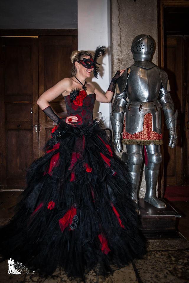 Robe comprenant un bustier fleurs et jupe de mouchoirs de tulle Création pour le carnaval de Venise, Sylvie Berry Couture