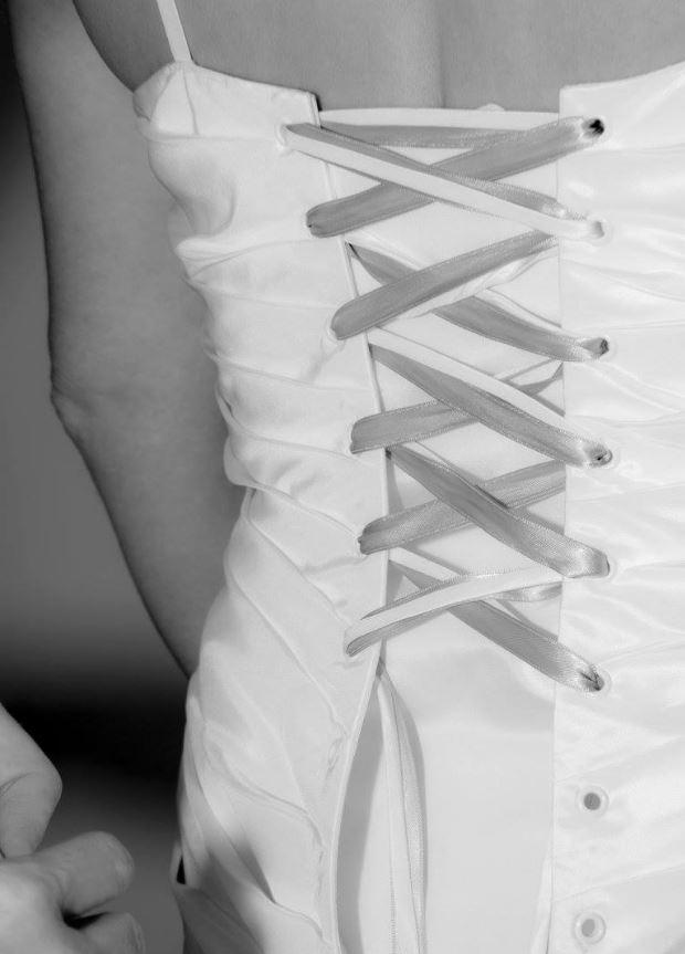 Détail laçage dos bustier robe de mariée