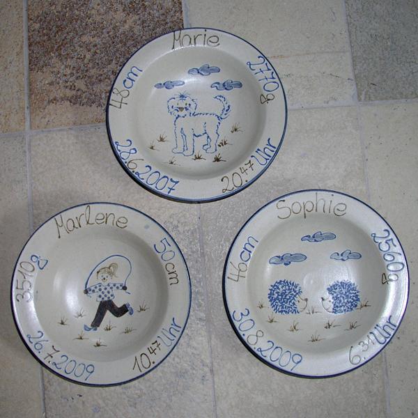 Keramik personalisierter Geburtsteller, ø ca. 20,5cm, h ca. 4,5 cm,  handgemalt