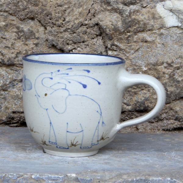 Keramik Kindertasse mit Elefant handgemalt