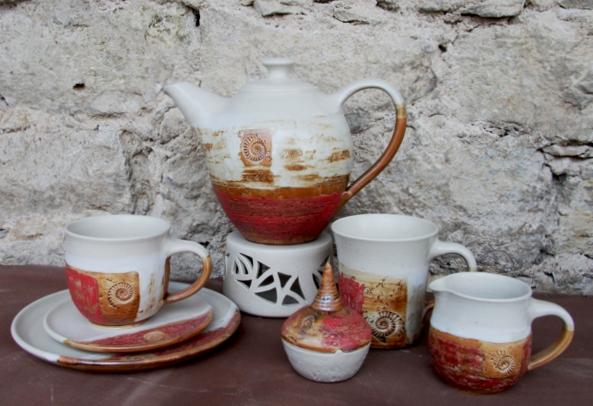 Teekanne mit Stövchen Dekor Granatapfel