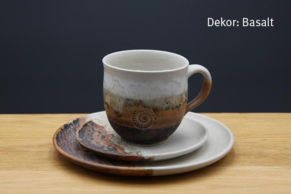 Keramik Kaffee- / Teegedeck Tasse zylindrisch, Unterteller, Kuchenteller Dekor Basalt