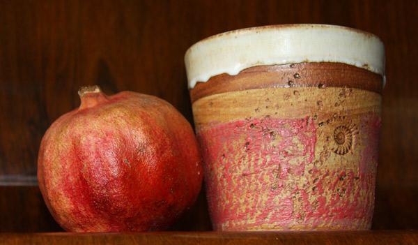 Keramik Übertopf mit Granatapfel
