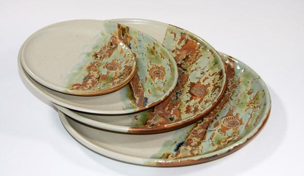 Keramik Speiseteller ø ca. 26,5 cm, Vorspeisenteller oder Brotzeitteller ca. 24 cm, Kuchenteller ca. 20,5 cm, Unterteller ø ca. 15 cm