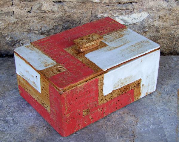 Keramik, Brottopf gebaut, Granatapfel, ca. 20 cm x 28,5 cm, h . ca. 13,5 cm