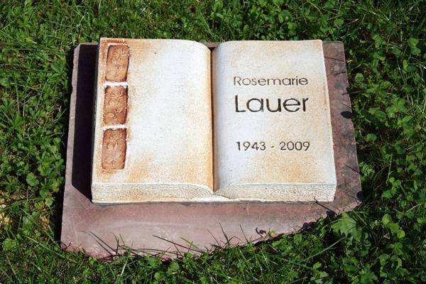 Keramik handgemacht, Gedenkplatte als Buch, personalisiert
