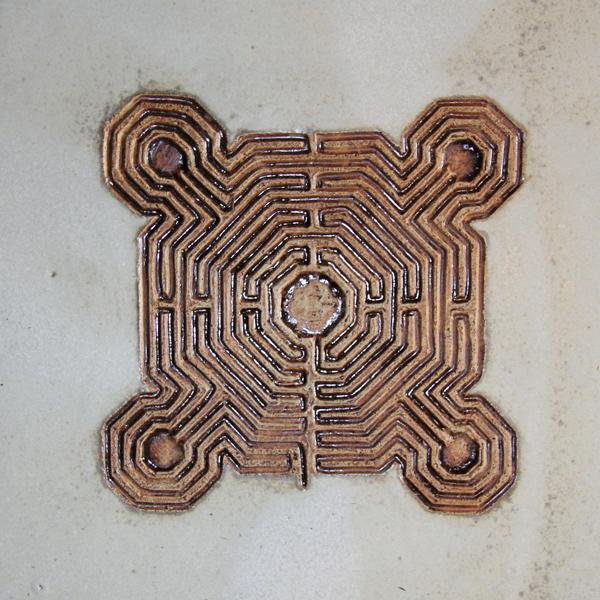 Keramik handgemacht, Labyrinth ca. 35 x 35 cm