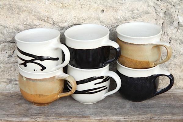 Tassen bauchig Dekor, Herbstwald, Schwarz/Beige, Beige mit Pinselschlag schwarz
