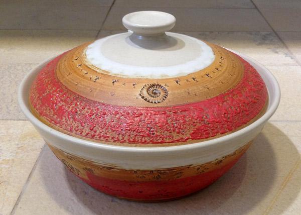 Keramik, Brottopf Dekor Granatapfel ø ca 29 cm h ca. 10,5 cm