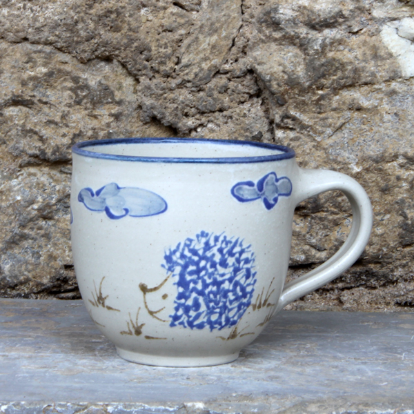 Keramik Kindertasse, ø ca. 9 cm, h ca. 9 cm, mit Igel handgemalt