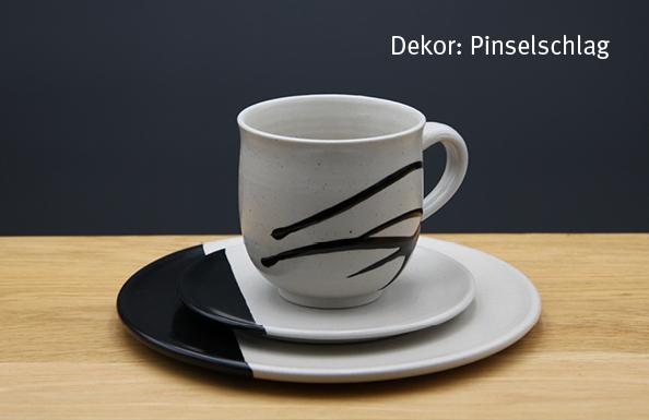 Keramik Kaffee- / Teegedeck Tasse zylindrisch, Unterteller, Kuchenteller Dekor Pinselschlag
