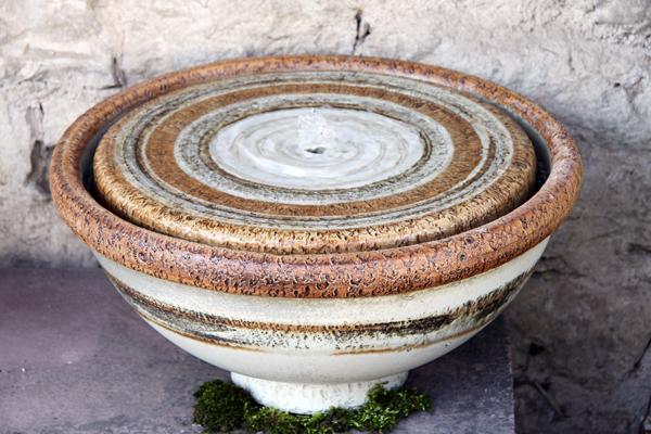 Keramik Brunnenschale, Grau natur schwarz bemalt, ø Schale ca. 55 cm