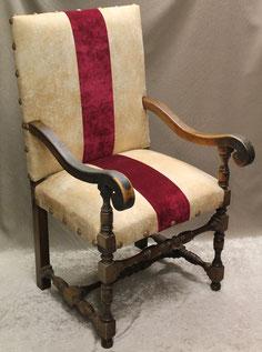 retapissage fauteuil louis XIII