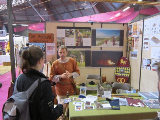 Les Ambianis salon fous d'histoire Pontoise 2011