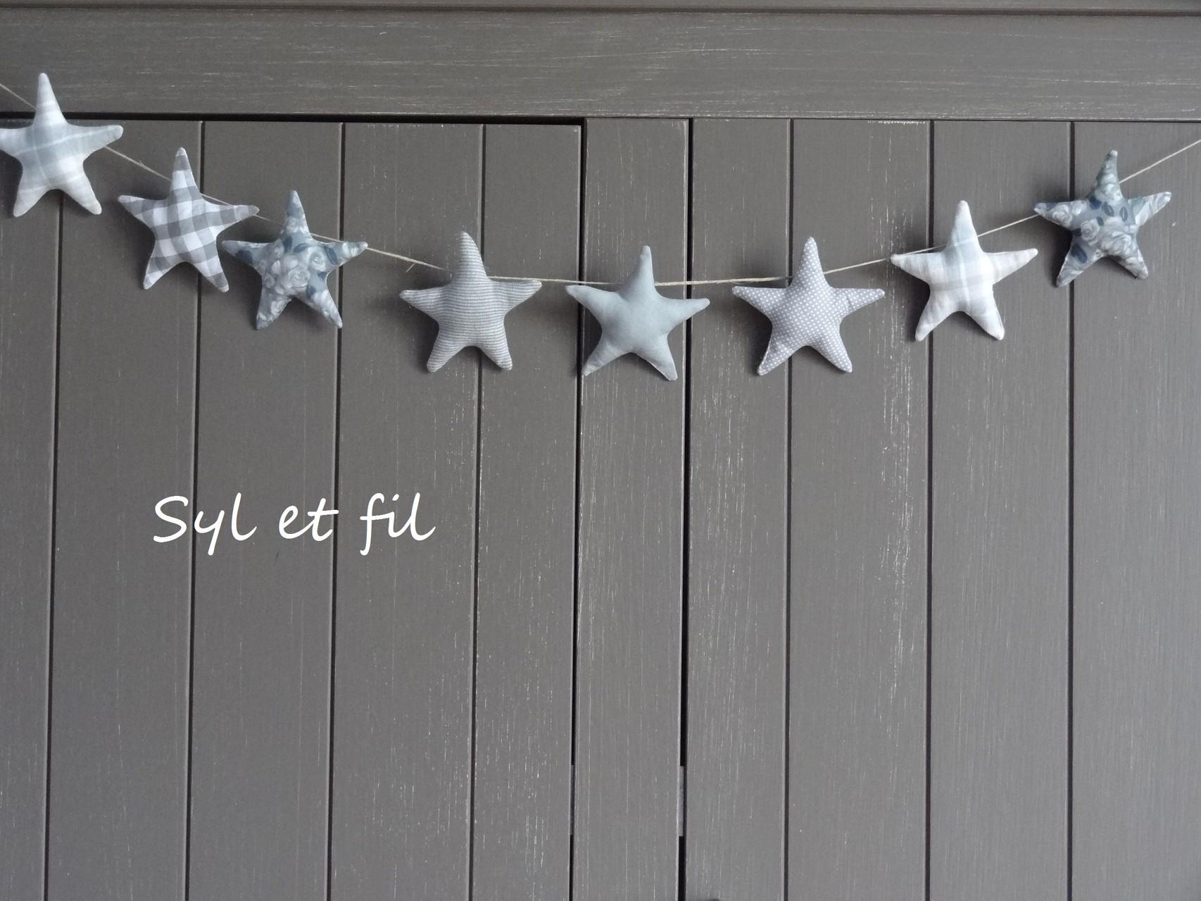 Guirlande décorative grise