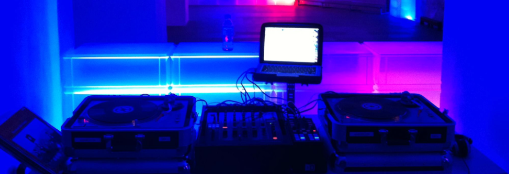 Technics MK2s (Plattenspieler) als Kontroller mit dem Computer verbunden