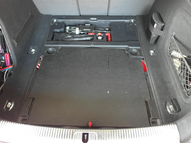 Audi S5 - Woofer in eingebauten Zustand