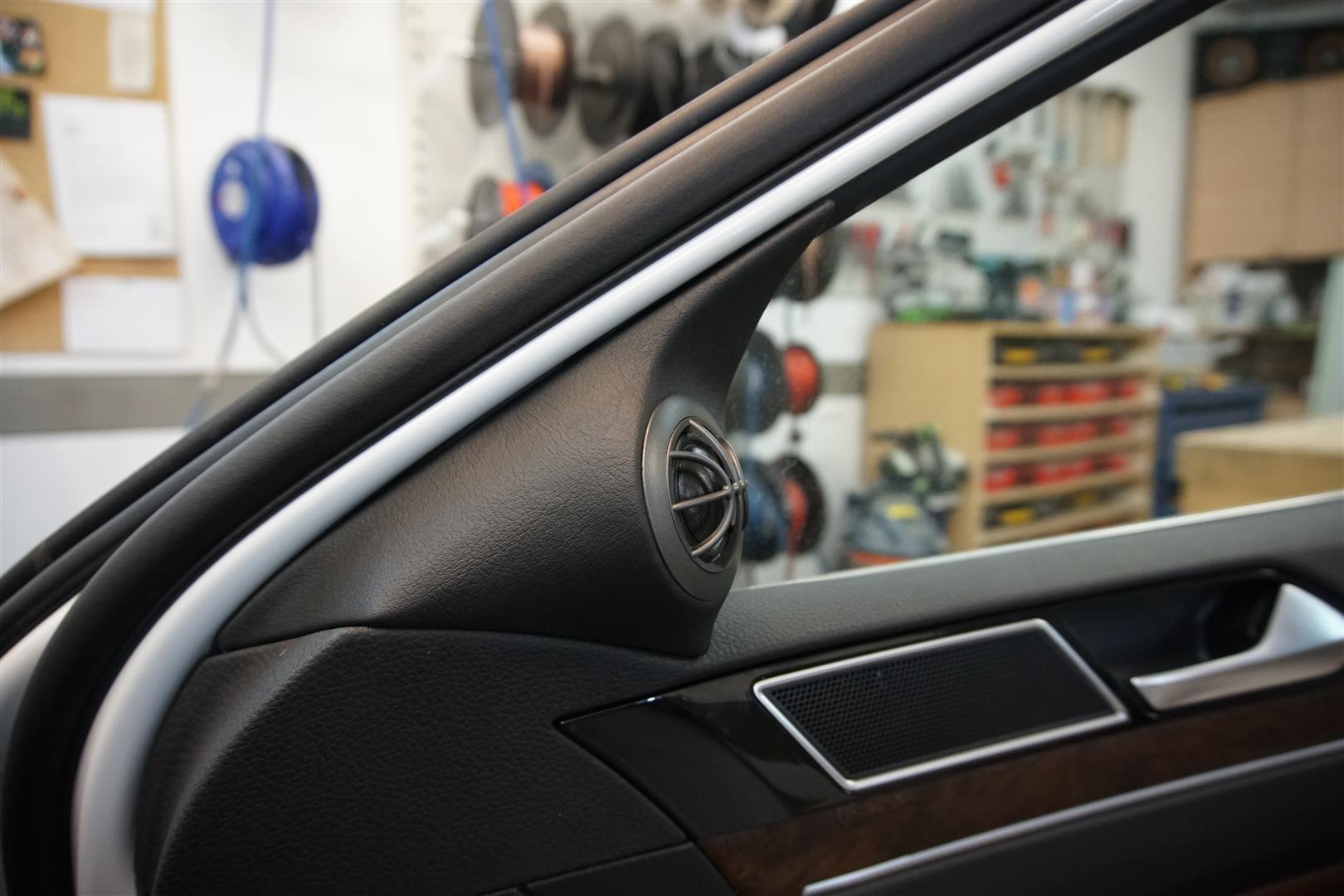 VW Passat (3G) - Hochtöner-Paneel