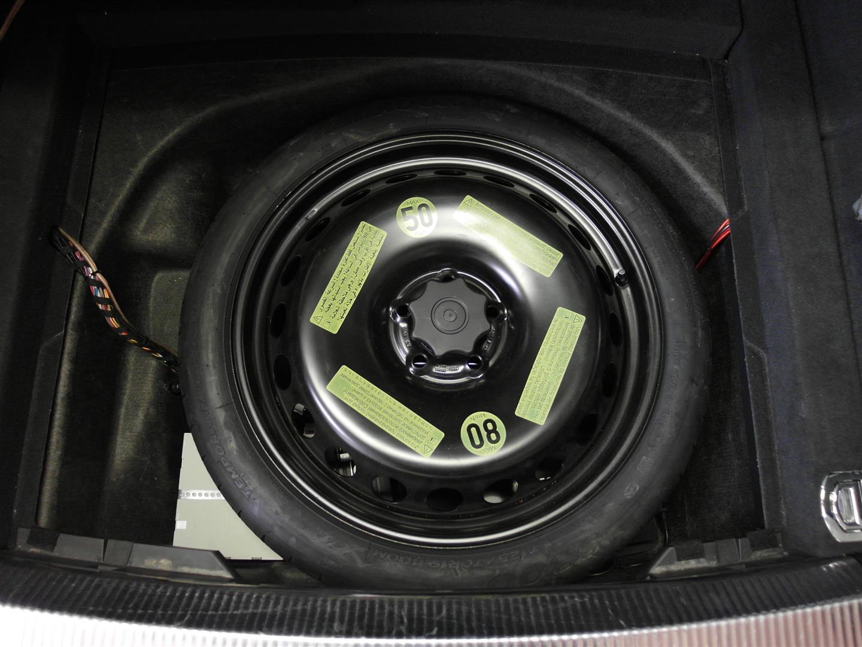 Audi A4 (B8) - mit Reserverad