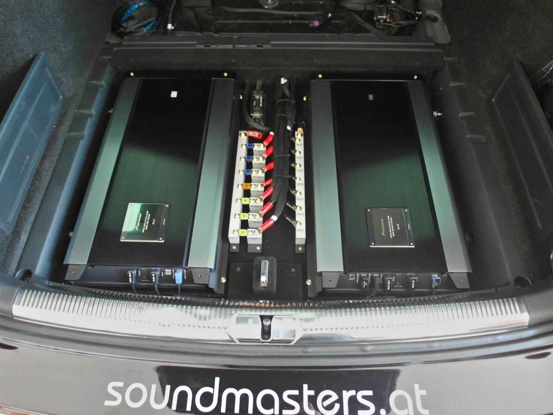 VW Passat (3C) - handgefertigter Sicherungsverteiler zwischen zwei ODR-Verstärkern