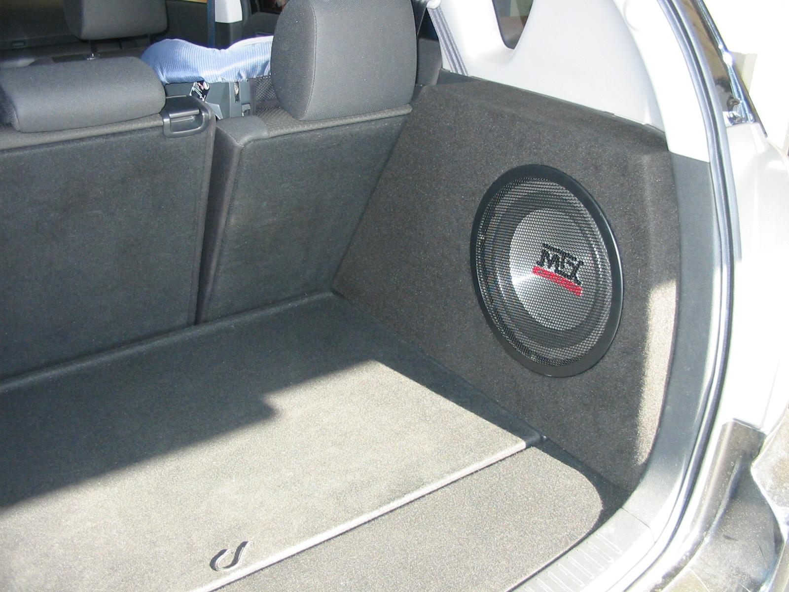 Toyota Corolla Verso - 25er im Seitenfach