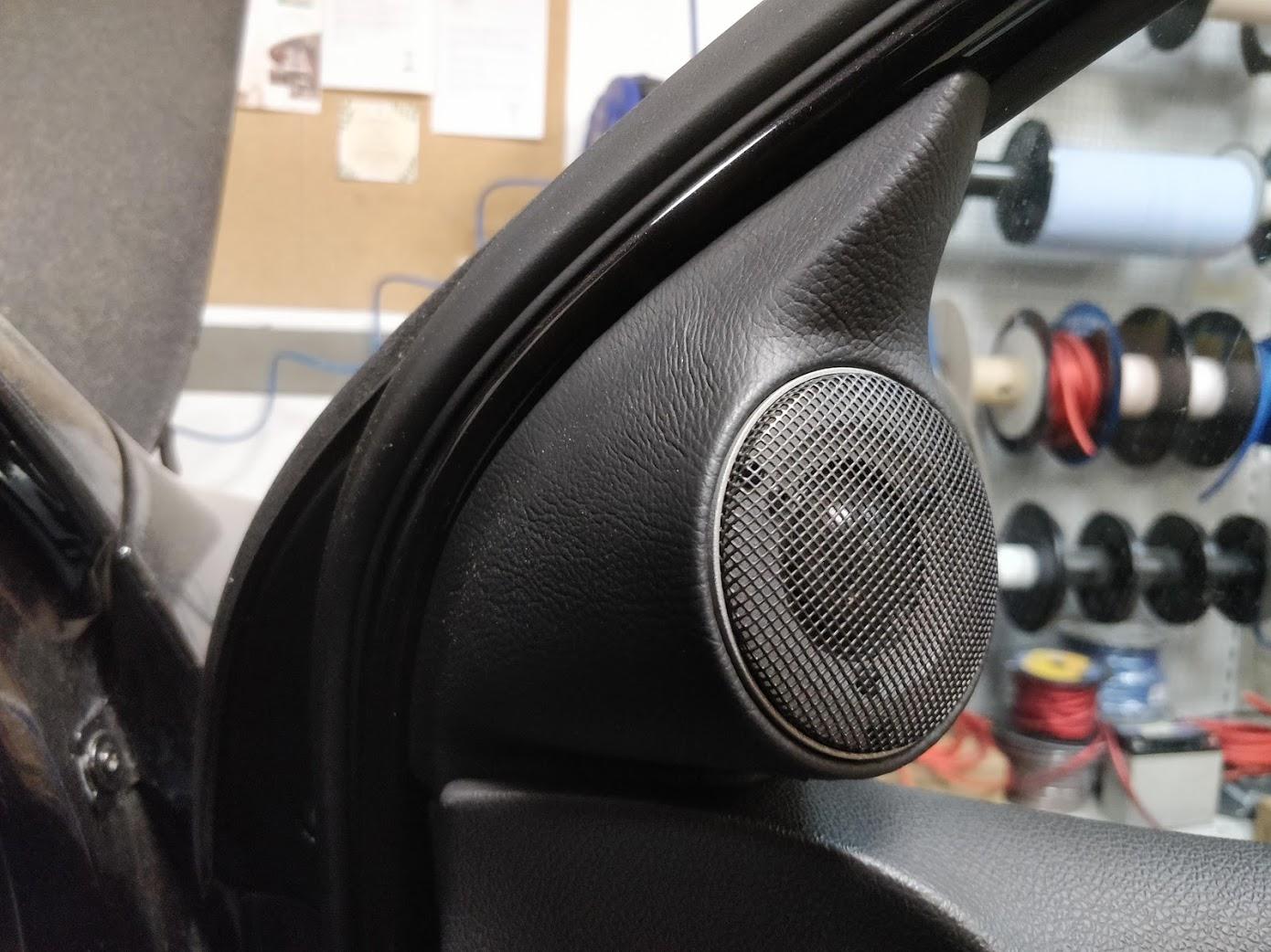 VW Golf 5 - Hochtöner-Paneel