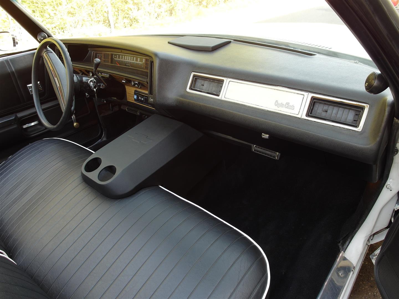 Chevrolet Caprice 1975 - Subwoofer als Mittelkonsole getarnt