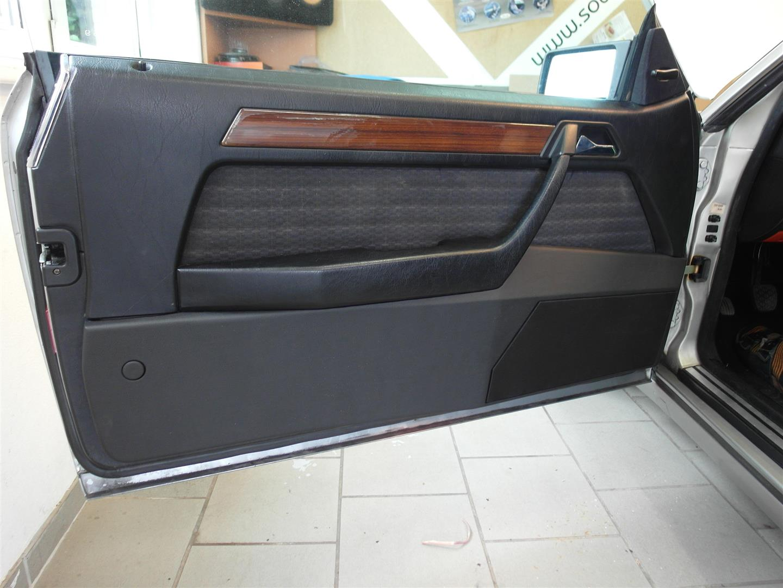 Mercedes E-Klasse Coupe (W124) - Türpaneele