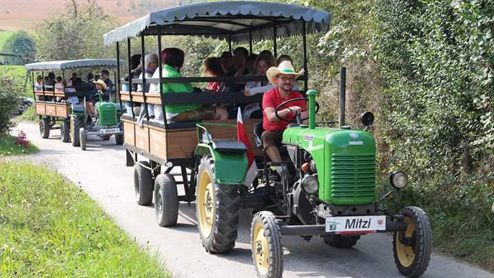 Traktor-Roas: Selber lenken oder mitfahren
