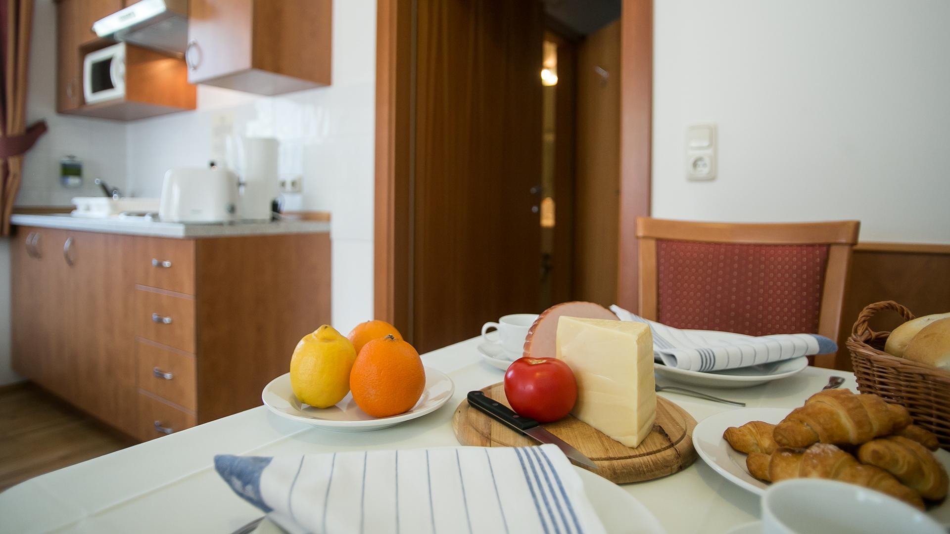 Frühstück im Restaurant oder am Zimmer