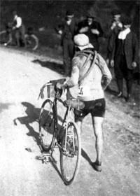 Octave Lapize au Tourmalet 1910