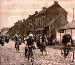 Start des Paris-Roubaix 1910