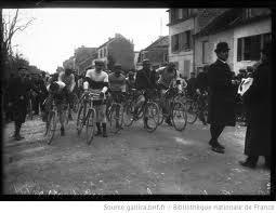 Start des Paris-Rubaix 1908