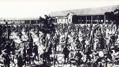 Il battaglione Lombardo Volontari Ciclisti 1914, darunter die freiwilligen Futuristen