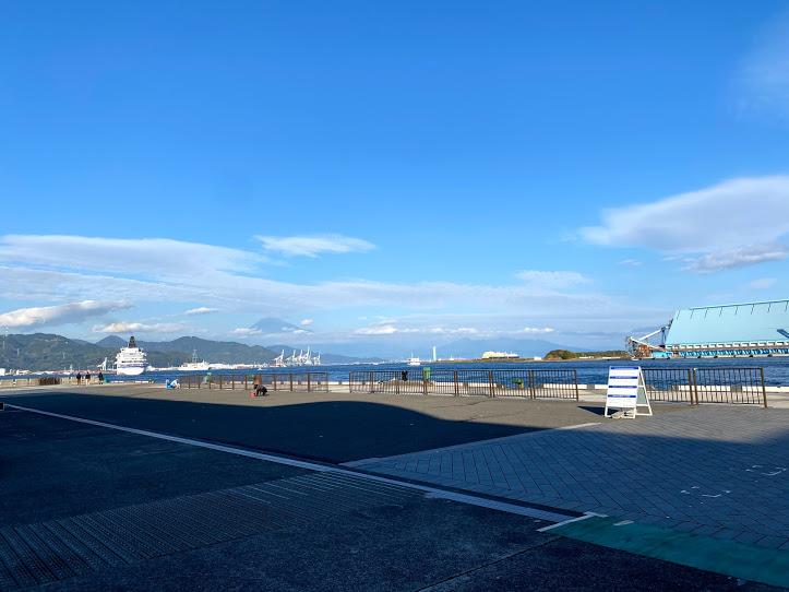 Leaving the Shimizu Port