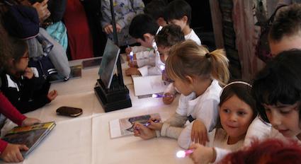I piccoli autori che autografano!