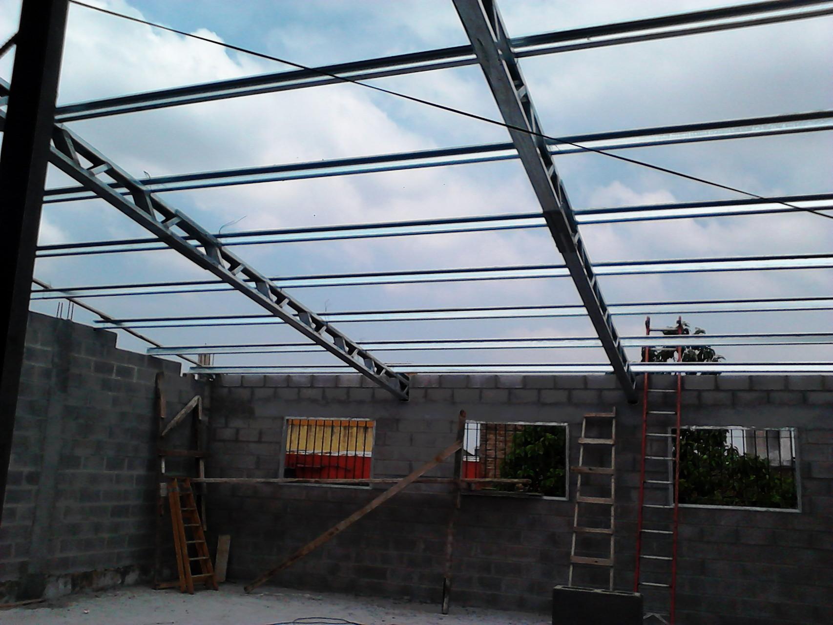 Techos con perfil c gabriel solo techos for Techos de chapa modernos