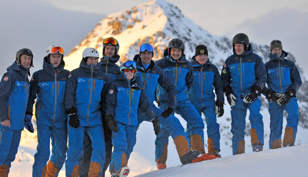 Einige unserer Skilehrer aus Lech und dem gesamten Arlberggebiet in einer Gruppe