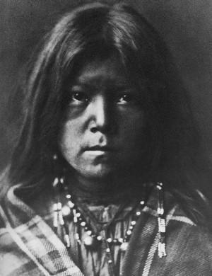 Narlin, Apache Mädchen