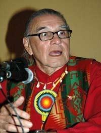 Vernont Bellacourt, Gründer des AIM