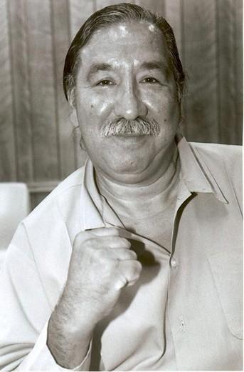 Leonard Peltier Lakota/Anishinabe - AIM-Aktivist und Bürgerrechtler - Seit über 30 Jahren unschuldig in amerikanischen Gefängnissen.
