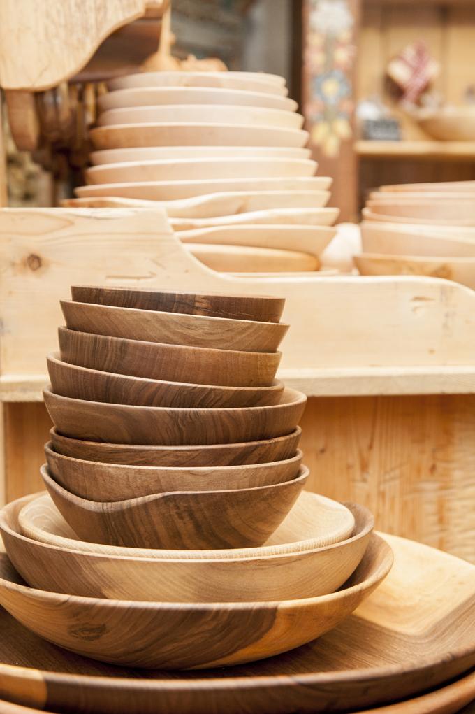 Schüsseln aus Nussholz