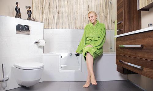 Eine Veränderung, Die Einfach Und Schnell Verbessert Werden Kann, Ist  Beispielsweise Der Einstieg In Die Badewanne. So Realisieren Wir Als  Barrierearme ...