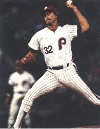 Steve Carlton was denied his 20th victory by the pesky Giants.
