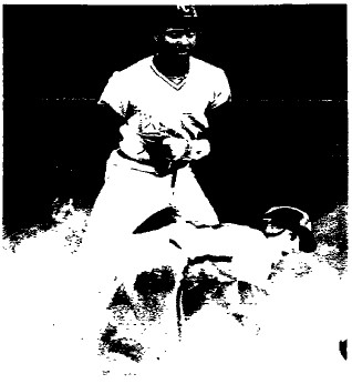 Larry Bowa is safe at second with the steal in the 3rd inning.