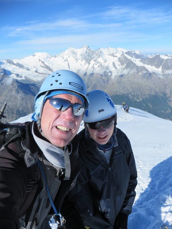 Gipfelfoto auf dem Weissmies