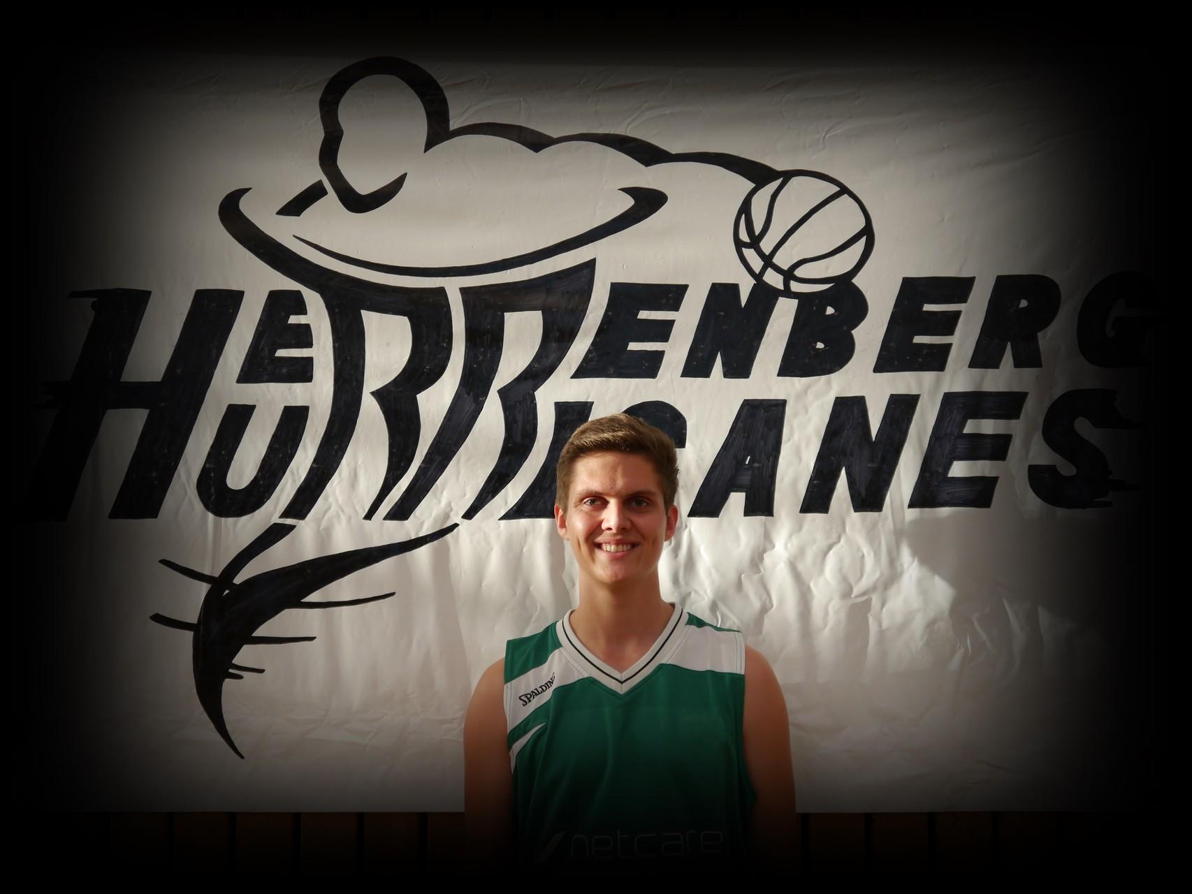 Florian Nieuwenhuizen ǀ 19 Jahre ǀ 179cm ǀ Flügel ǀ Mitglied seit 2011